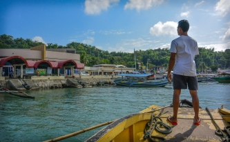 $500 pesos (about $10 US) will allow you to charter a pump boat like this while island hoping in the Philippines.